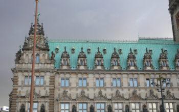 Teilansicht des Hamburger Rathauses, Außenansicht