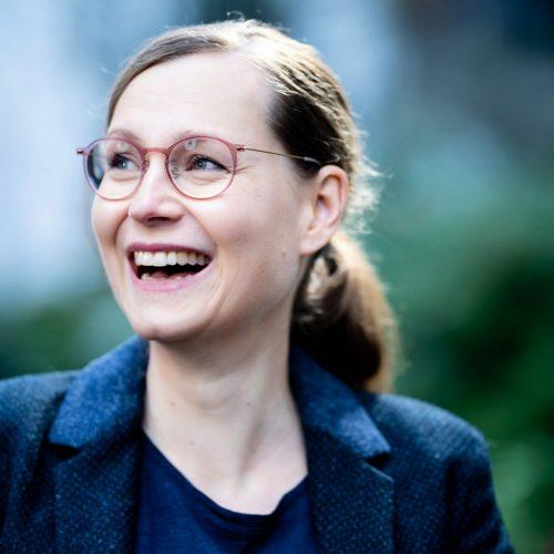 Portraitfoto der Grünen Bürgerschaftsabgeordneten Lisa Kern